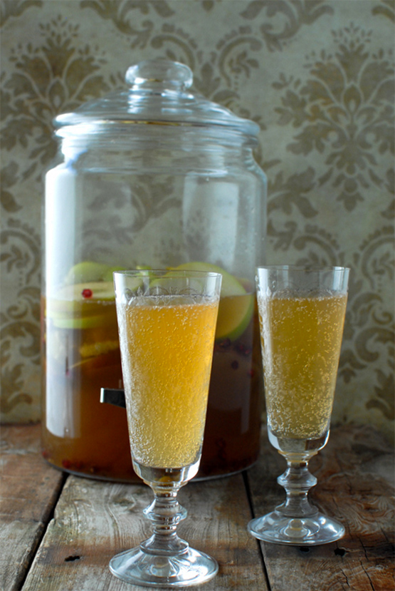sparkling-apple-pear-mock-sangria