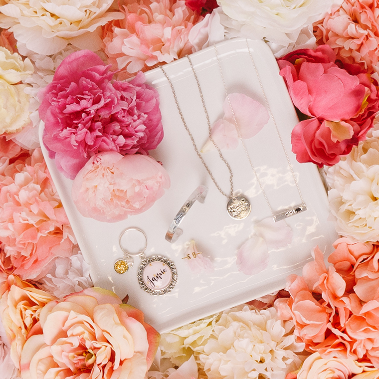 mothers-day-gift-jewelry