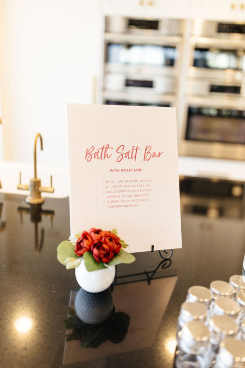 bath salt bar