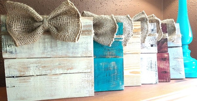 Rustic Multi Use Burlap Bow Frame