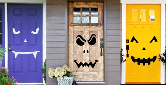 Spooky Door Halloween Decoration