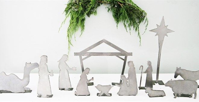 12 Piece Metal Christmas Nativity Set | Stand-Up!