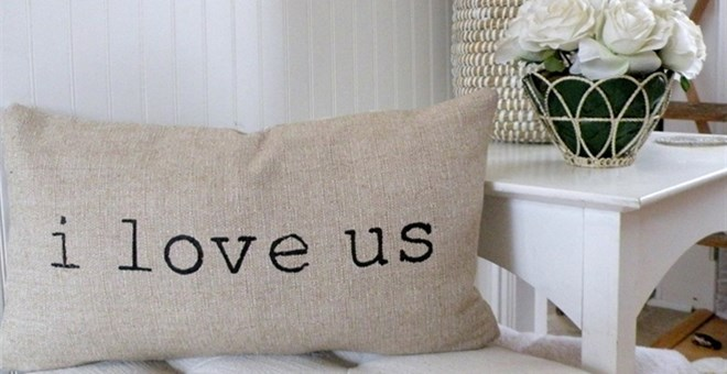 I love us Lumbar Pillow Cover