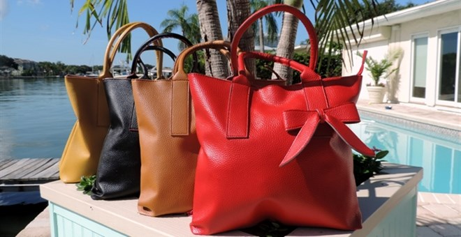 Fall Game Day Handbags have arrived - 99 cent shipping!    Huge Sale with 12 Colors!